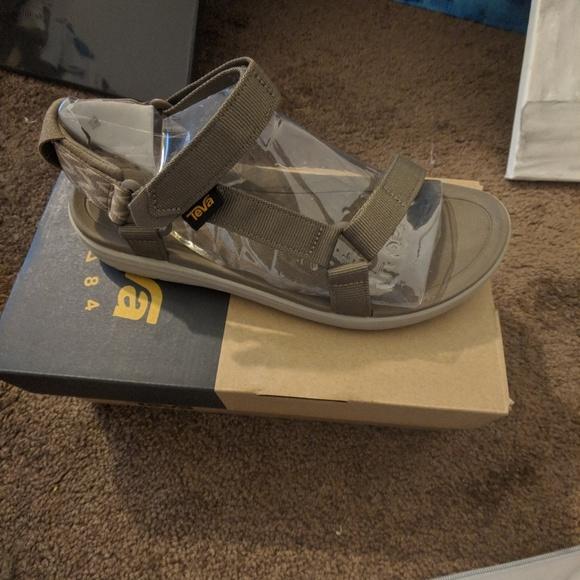 04262a801de5 Teva Sanborn Universal Sandals
